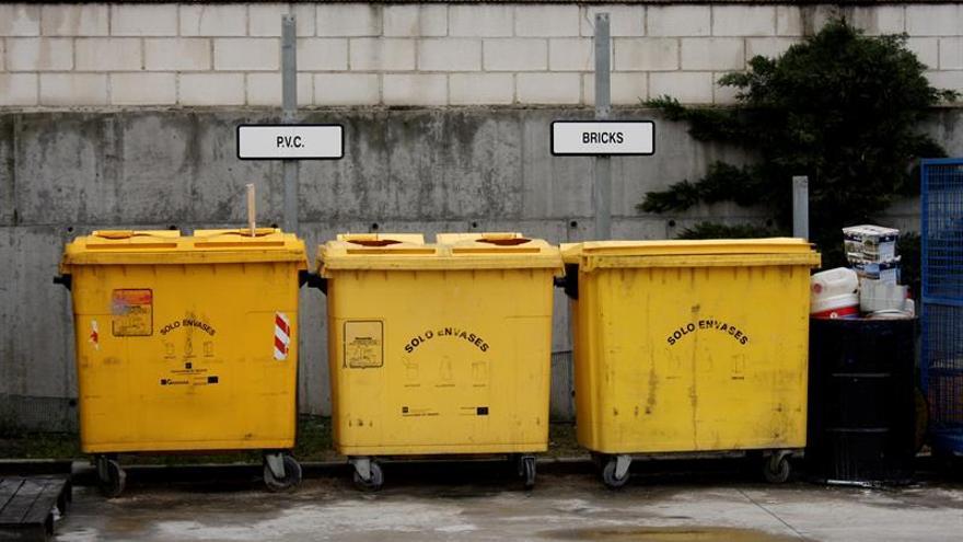 El reciclaje de plástico en los hogares se dispara en apenas 15 años