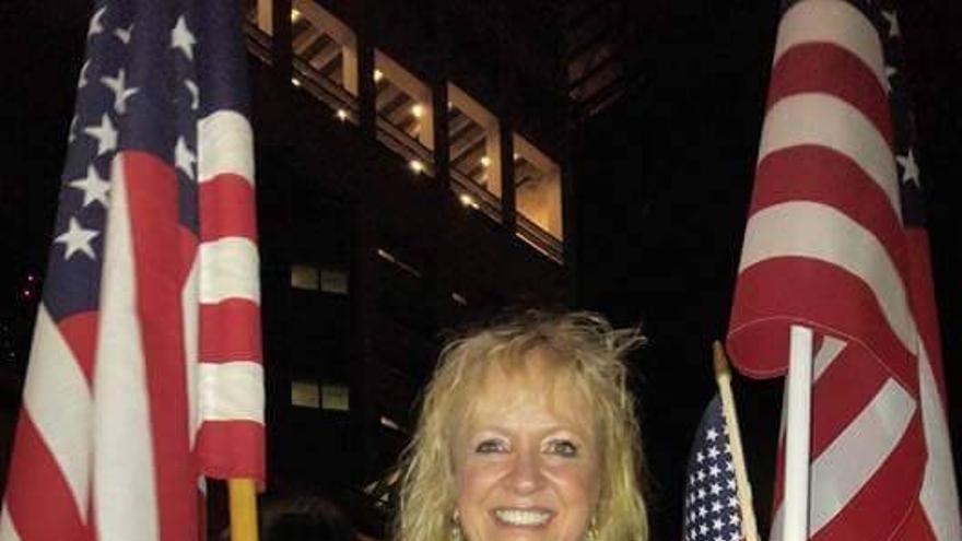Janalee Tobias, una activista conservadora, en su foto de perfil en las redes.