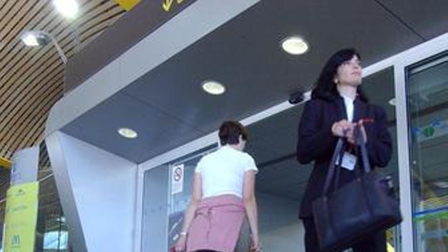 Las maletas precintadas sufren más robos que las no protegidas