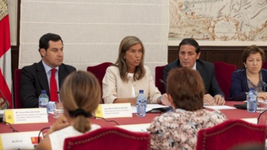 Mato Se Reúne Con Las CCAA En Valladolid