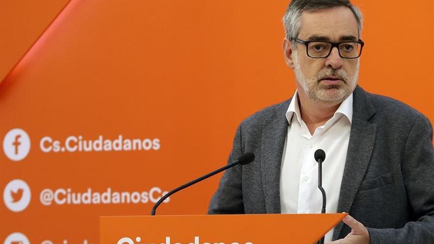 """Cs insta al PSOE a dejar los eslóganes y la """"frivolidad"""" respecto a Cataluña"""