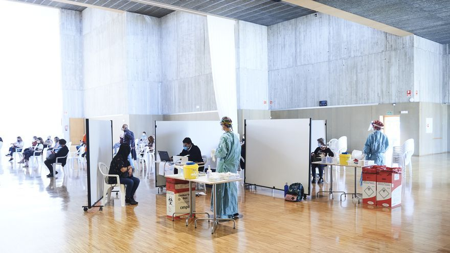 Vacunación en el Palacio de Exposiciones de Santander