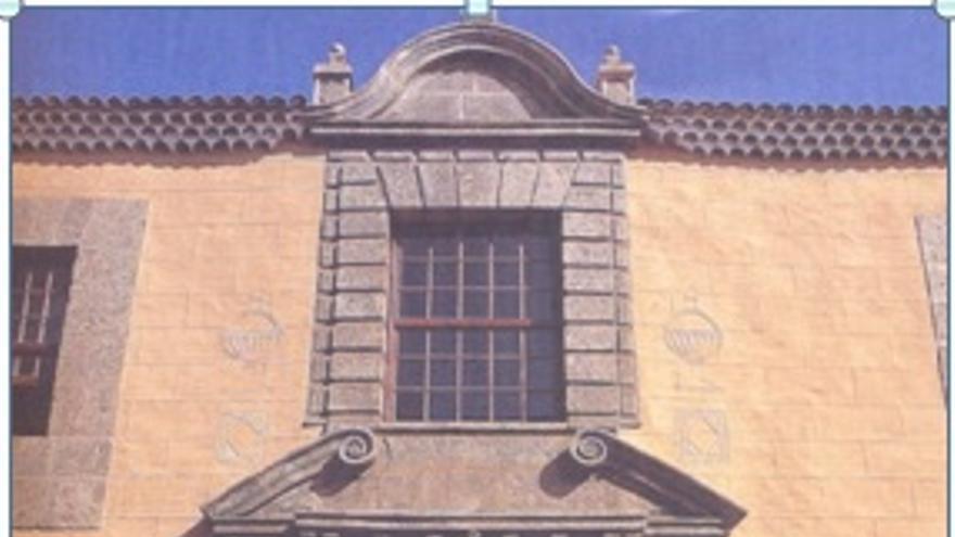Fachada barroca de la casa de la familia Lercaro-Justiniani donde se instaló la Facultad de Filosofía  y Letras de la Universidad de La Laguna entre 1940 y 1953.