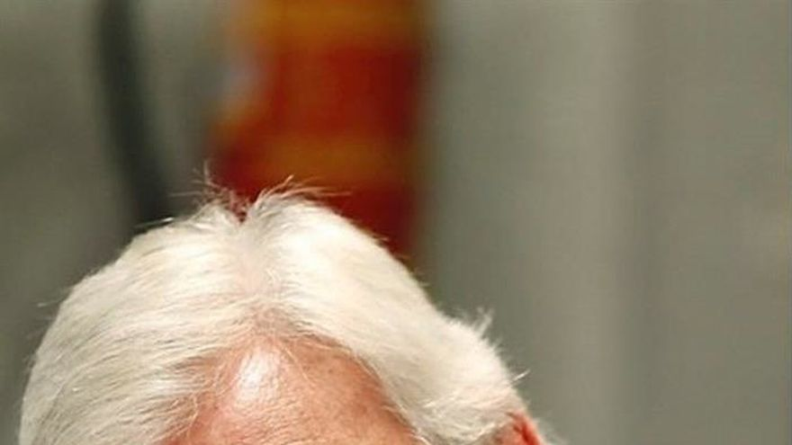 "El poeta Rafael Soler regresa a la narrativa con ""El último gin-tonic"""