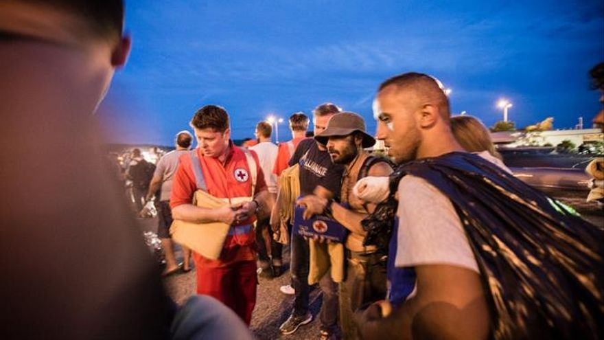 Personas refugiadas atendidas en Hungria / Foto: Cruz Roja.