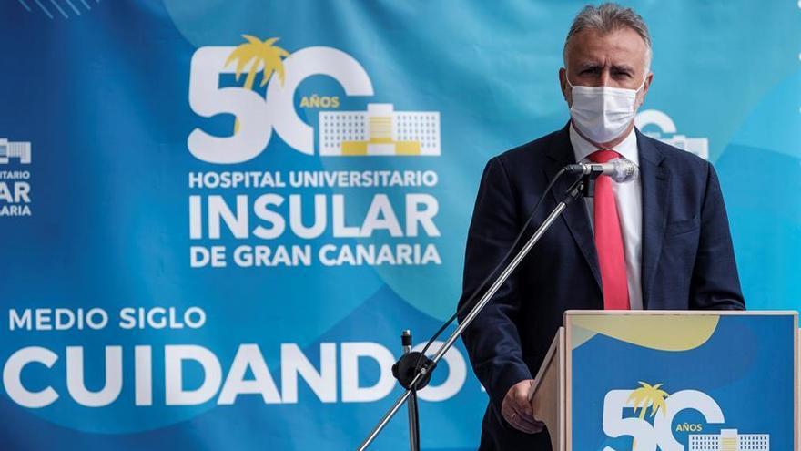 """El presidente de Canarias defiende el toque de queda en Semana Santa y que se apliquen """"restricciones duras"""""""