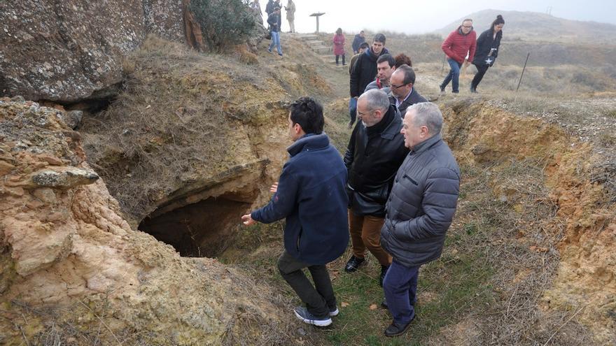 Ruta de fortificaciones y trincheras entre Monzón y Selgua