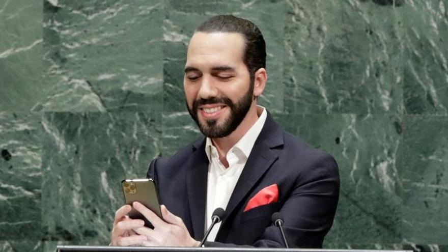 Nayib Bukele, de hacerse selfies en la ONU a entrar con los militares en el  Congreso de El Salvador