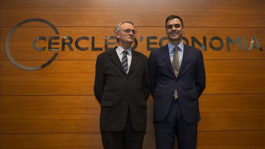Sánchez exige el final de la troika