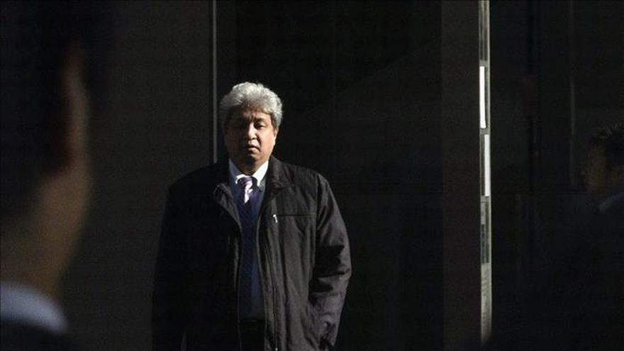 Tokio sube casi un 1% a media sesión tras tres días de pérdidas