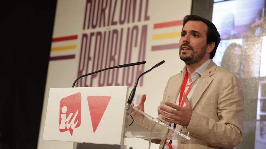 Archivo - El coordinador federal de IU, Alberto Garzón, participa en la fase final de la XII Asamblea de la formación.