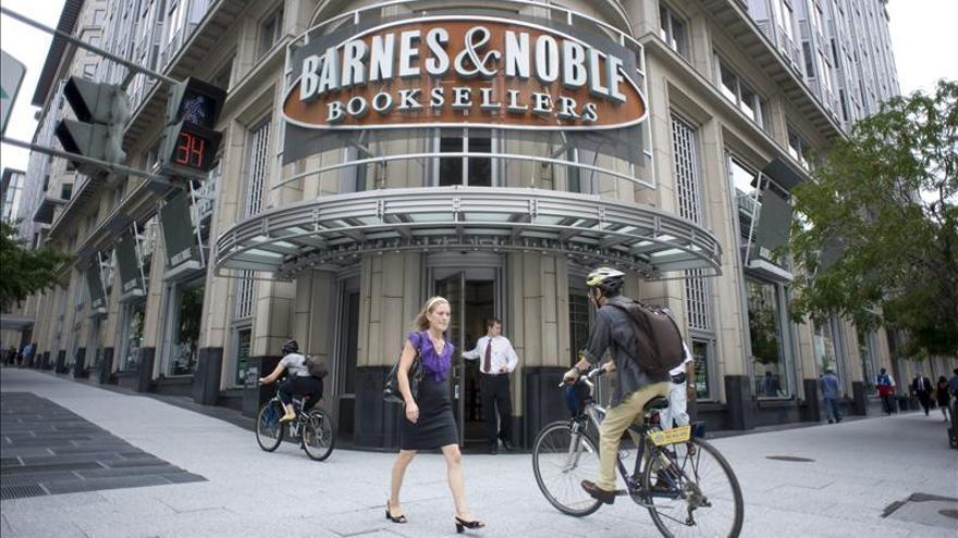 Barnes and Noble baja en bolsa al anunciar el cierre de un tercio de sus librerías