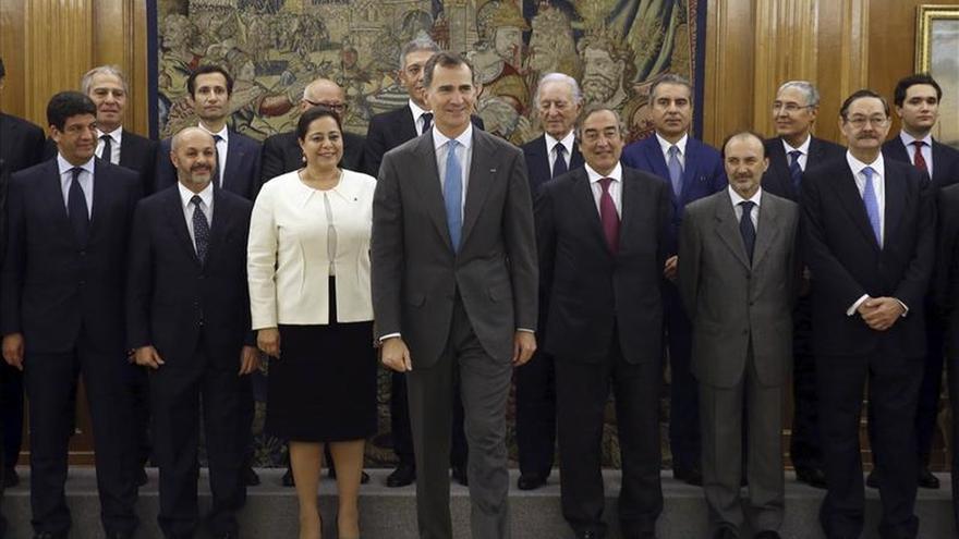 Felipe VI recibe en Zarzuela a la patronal marroquí
