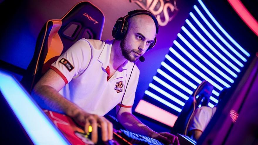 Jesús 'Falco' Pérez, entrenador de League of Legends del MAD Lions