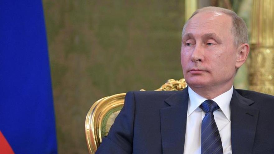 """El Kremlin espera que Putin y Trump establezcan un """"diálogo de trabajo"""""""