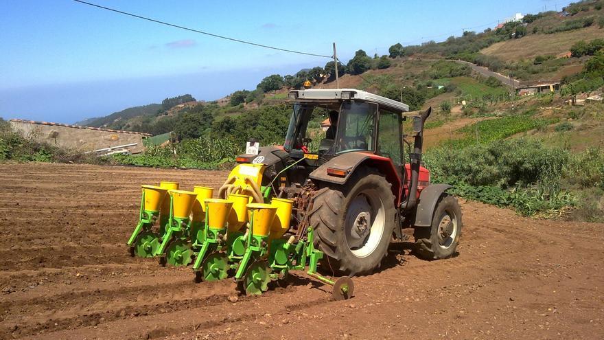 """UPA dice que los """"brutales recortes"""" en Agricultura dejan al sector en una situación """"comprometida"""""""