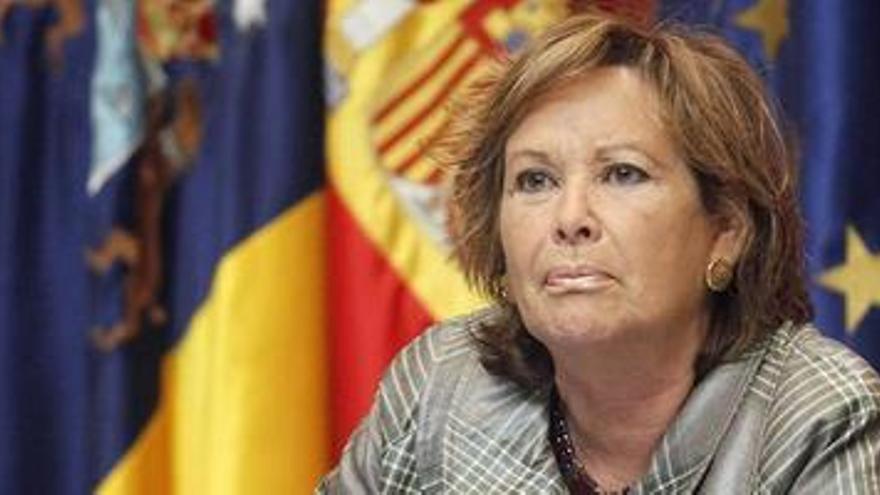 La consejera de Empleo, Industria y Comercio del Gobierno de Canarias, Francisca Luengo.