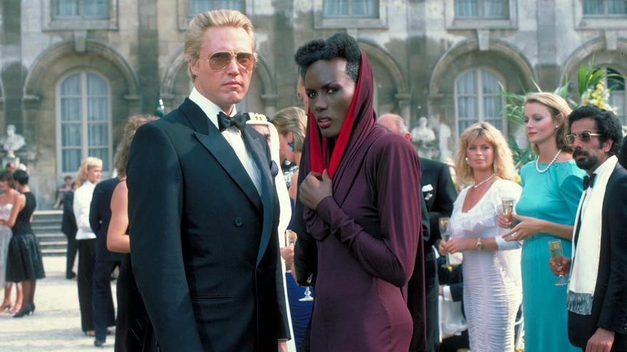 Gracie Jones y Christopher Walken durante el rodaje de 'Panorama para matar' (1985)