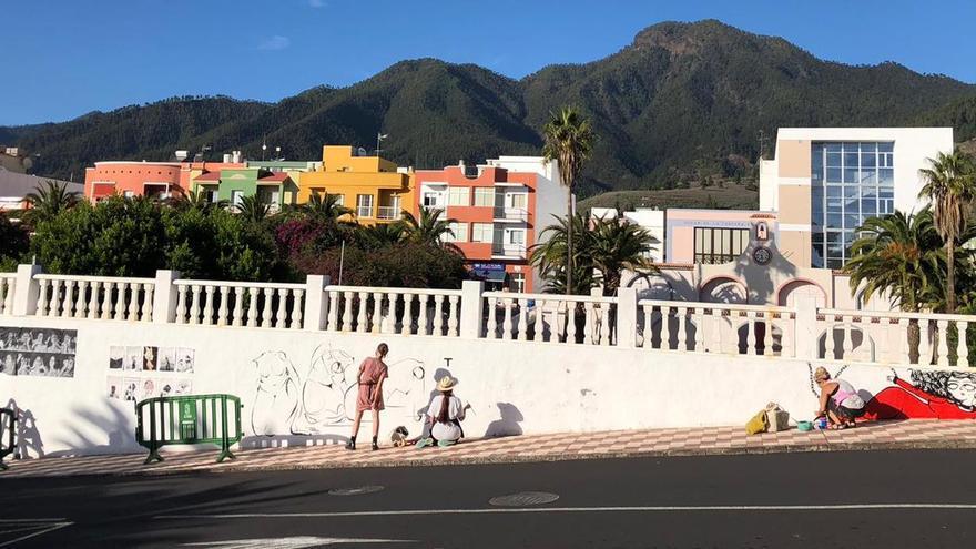Mujeres, jóvenes y artistas visibilizan con dos murales la conmemoración del 25N