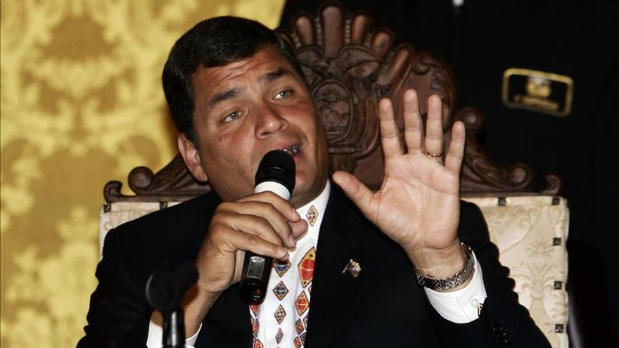 La ofensiva de Correa en redes sociales preocupa a los sectores de la prensa de Ecuador