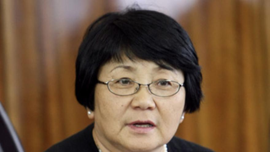 Rosa Otunbayeva, Gobierno Kirguistán
