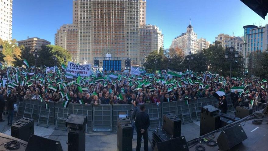 Manifestación en la Plaza de España de Madrid
