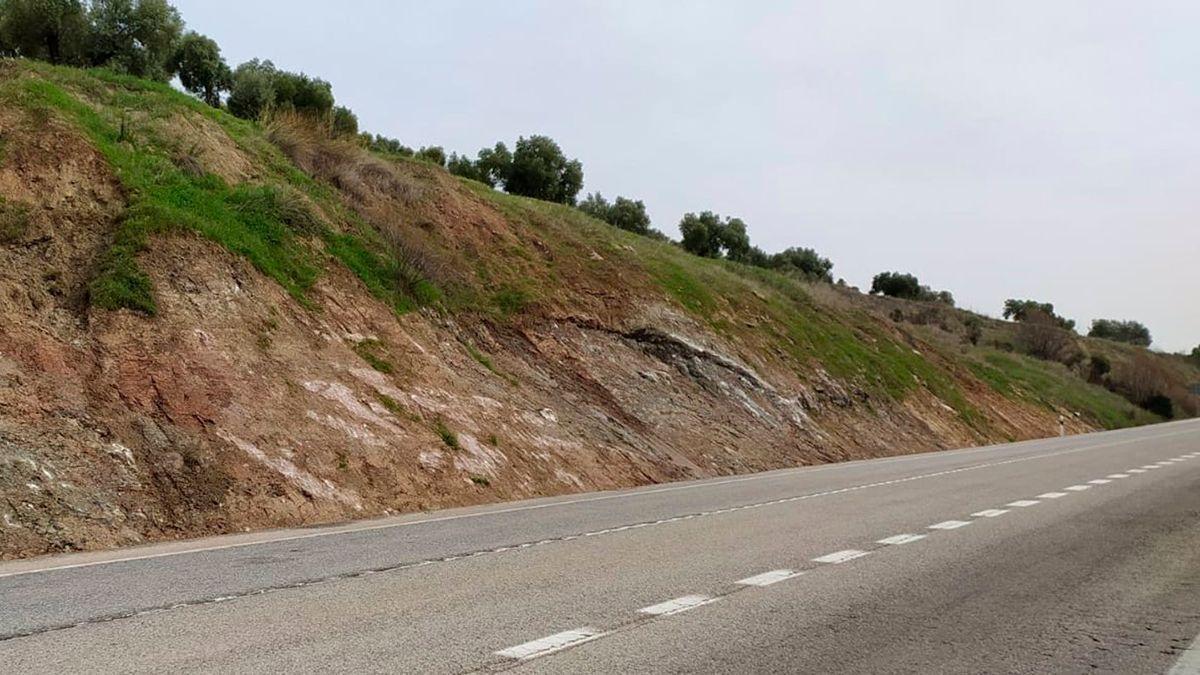Carretera A-339 entre Cabra y Alcalá la Real donde se han acometido mejoras.