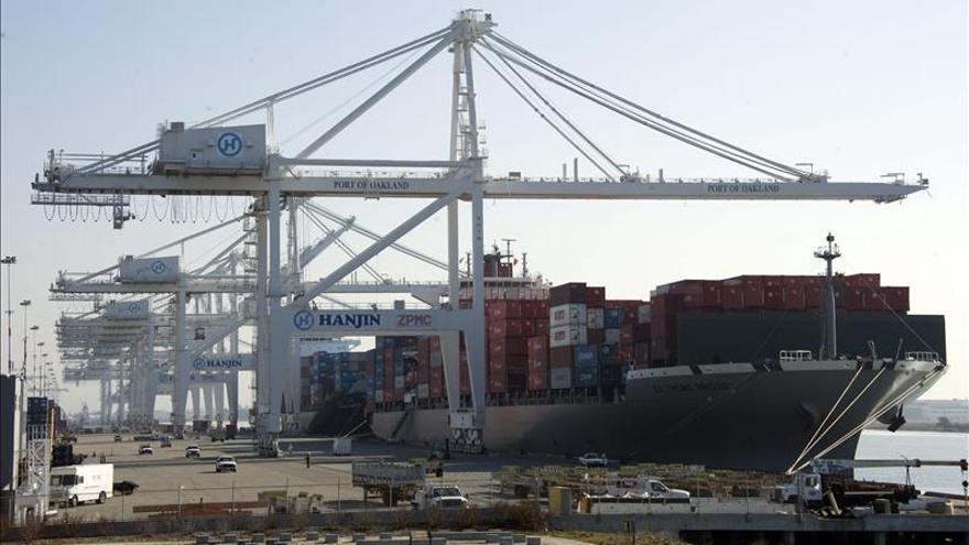 Patronal y sindicato alcanzan un acuerdo sobre los puertos de la costa oeste de EEUU