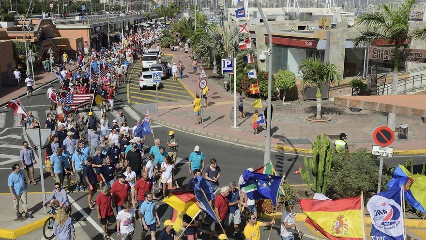 Desfile e izado de banderas de la ARC 2017.