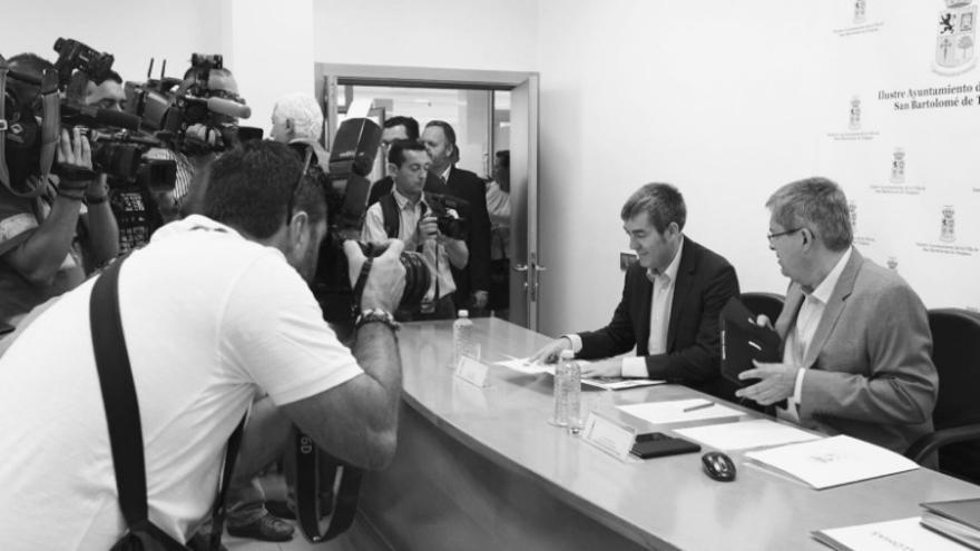 El presidente del Gobierno, Fernando Clavijo, se reúne con el alcalde de San Bartolomé de Tirajana, Marco Aurelio Pérez.