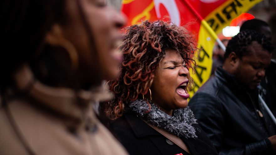 Manifestación de los trabajadores del 57 Boulevard de Strasbourg, en París / FOTO: Ignacio Marín