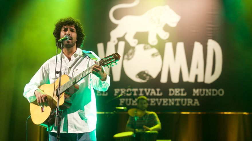Maldito Ramírez en WOMAD Fuerteventura 2015 (CARLOS DE SAÁ)