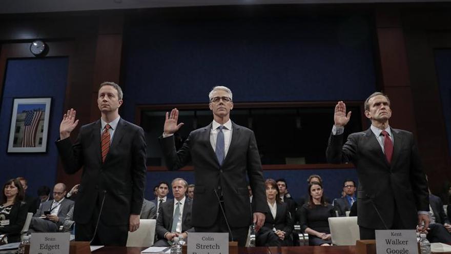 Facebook declara ante el Congreso que no puede probar ni descartar nexos entre Trump y Rusia