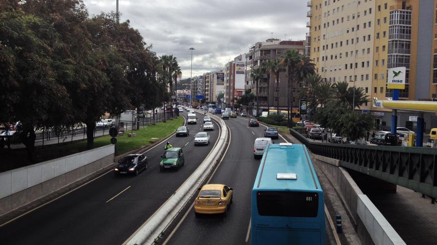 Incorporación desde la Avenida Marítima a León y Castillo. Iago Otero.