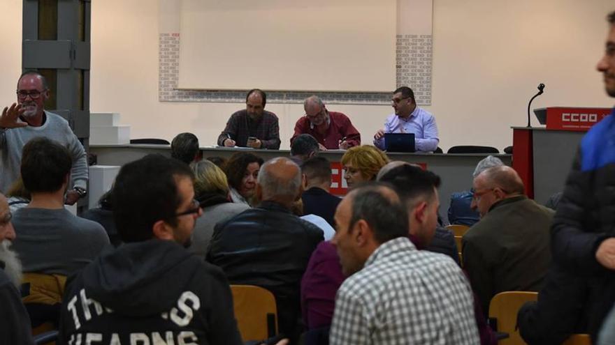 Reunión de la confluencia de izquierdas en Santander.