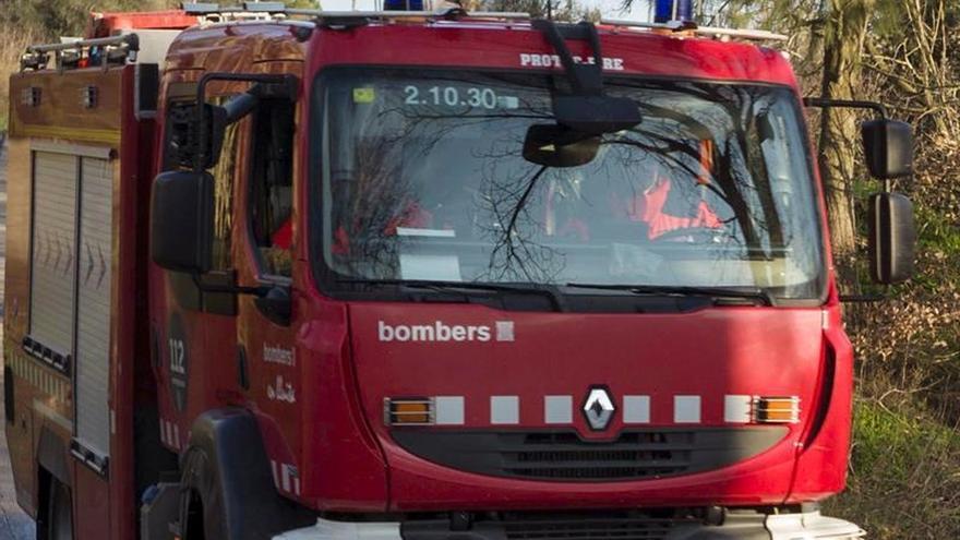 Un muerto y 2 heridos graves al salirse el coche de la vía en Moixent (Valencia)
