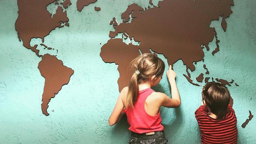 'Worldschooling', cinco familias viajeras con el mundo como escuela