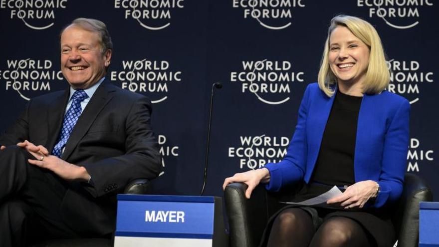 España repunta en Europa pese al alto paro juvenil, según los expertos en Davos