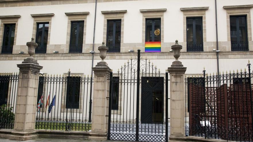 """Parlamento Vasco se compromete a trabajar en la """"prevención y erradicación"""" de la LGTBIfobia"""