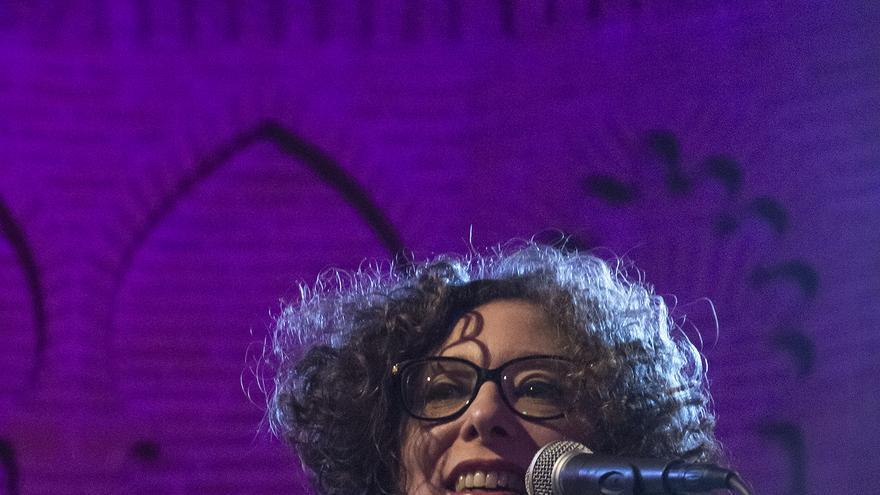 Alicia Es. Martínez durante la presentación / Julio López Espeso