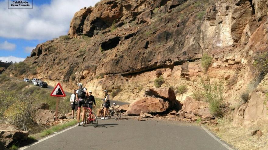 Desprendimientos en la carretera de Mogán hacia Las Niñas