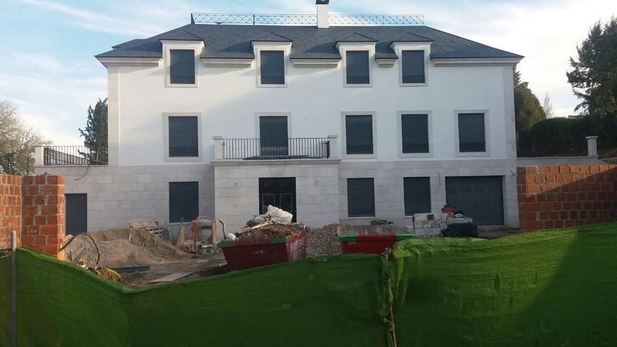 La casa que se construyó sobre la antigua Casa Guzmán