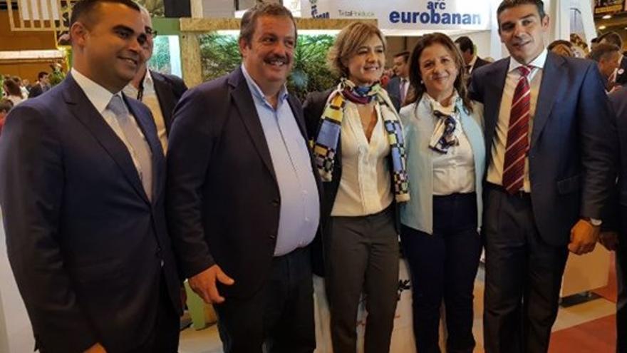 Abel Morales, Rafael Hernández, la ministra García Tejerina, Ángela Delgado y Narvay Quintero