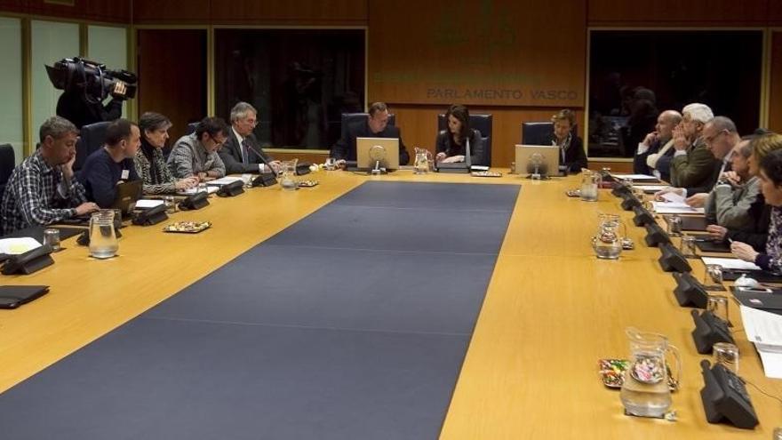 EH Bildu pide que el Parlamento Vasco rechace las últimas detenciones de la Guardia Civil