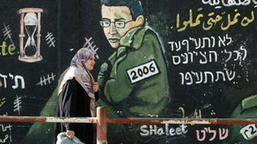 """Egipto aumenta la seguridad en Rafá ante la """"liberación inminente"""" de Shalit"""