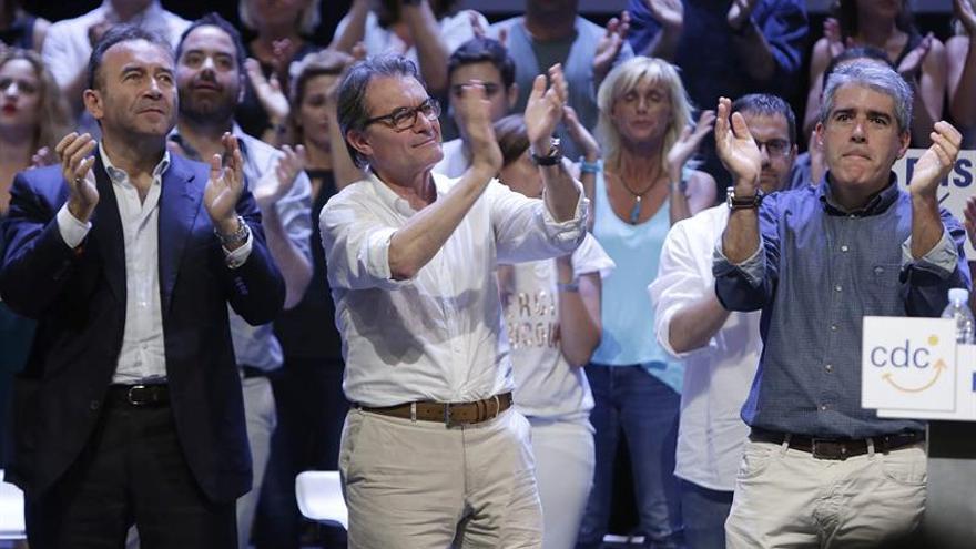 """Mas reivindica la """"decencia"""" de CDC ante ataques de """"delincuentes de Madrid"""""""
