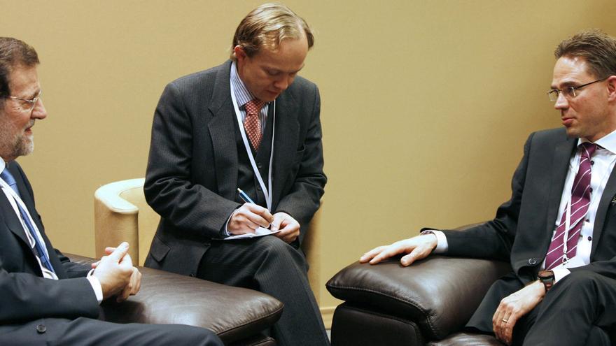 Rajoy y Katainen, reacio a ayudas de la UE, debaten hoy la crisis del euro
