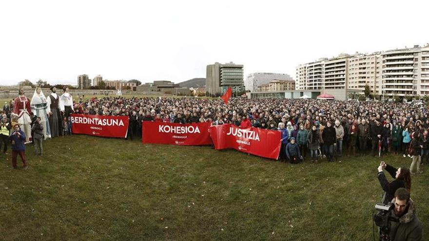 Tres manifestaciones piden que el euskera sea oficial en toda Navarra