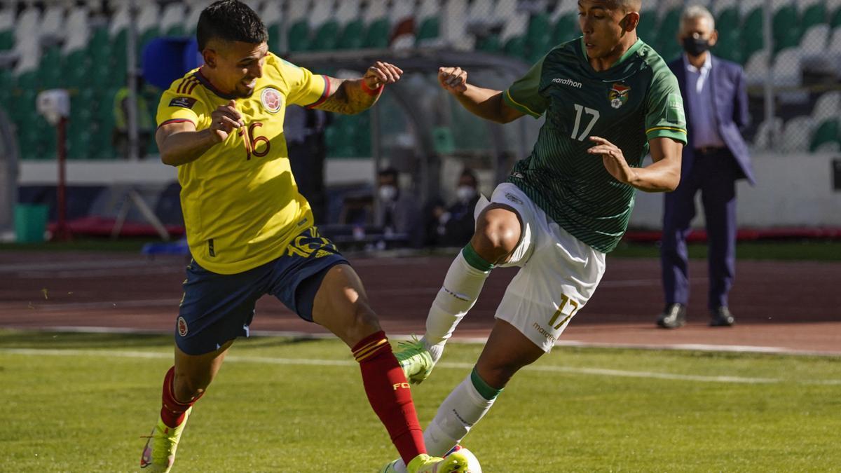 En un partido cerrado, Bolivia no pudo doblegar a Colombia en La Paz.