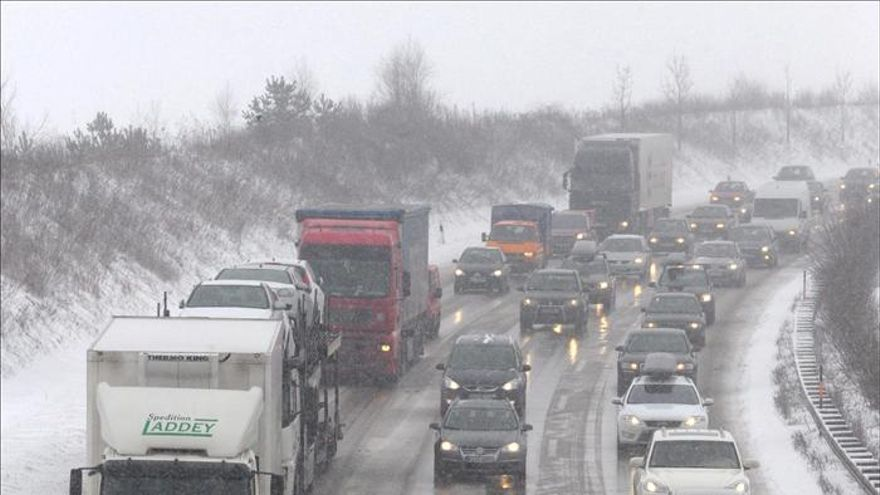 Alemania amplía a las carreteras nacionales los peajes para los camiones